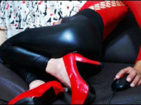 I THINK I M VERY SEXY AND HOT BOY AND  I LOVED MAKE ALL NEW FANTASY REALITY I DONT HAV ELIMITS  IN THE SEX